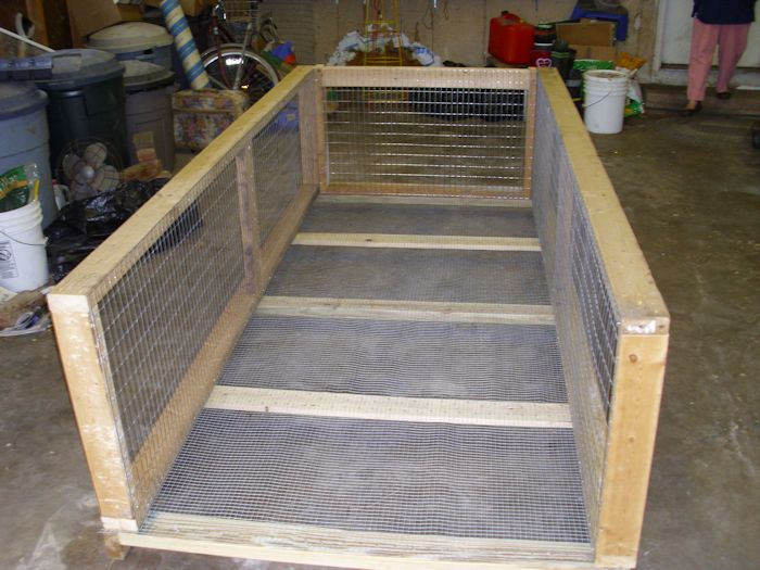 Building a brooder box rabbit cage combination john 39 s random thoughts and discussions - How to make a rabbit cage ...